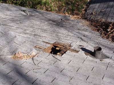 How to fix a hole in the roof
